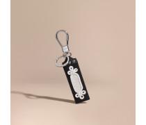 Schlüsselanhänger aus besticktem Leder