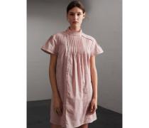 Kleid aus Leinen und Baumwolle mit Biesenfalten