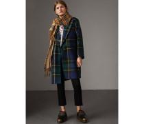 Körperbetonter Mantel aus leichter Wolle mit Schottenmuster