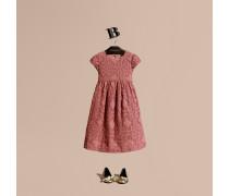 Kleid Aus Englischer Blumenspitze