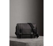 Mittelgroße Messenger-Tasche in London Check mit Lederbesatz