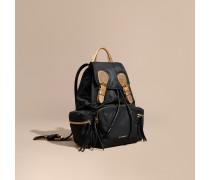 The Medium Rucksack in Zweitonoptik aus Nylon und Leder