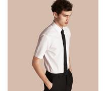 Modern geschnittenes Hemd aus Baumwollpopelin mit kurzen Ärmeln