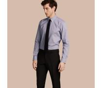 Modern geschnittenes Hemd aus Baumwollpopelin mit Button-down-Kragen und Vichy-Muster