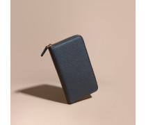 Brieftasche aus genarbtem Leder mit umlaufendem Reißverschluss
