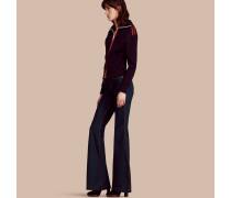 Ausgestellte Jeans aus Stretchdenim