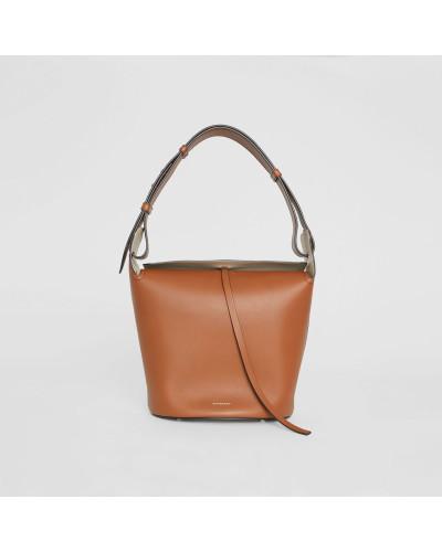 The Medium Bucket Bag aus Leder