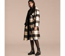 Zweireihiger Mantel aus Wolle in Check