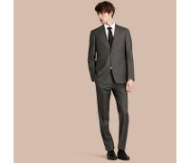 Modern geschnittener Travel Tailoring-Anzug aus reiner Wolle