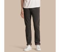 Körperbetonte Jeans aus japanischem Stretchdenim