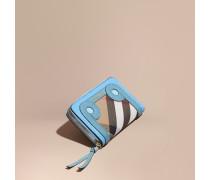 Brieftasche aus House Check-Gewebe und genarbtem Leder mit Applikation und umlaufendem Reißverschluss