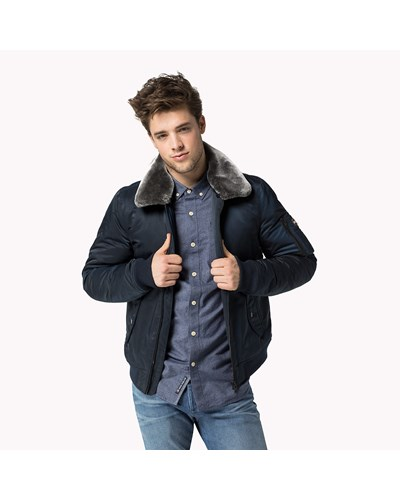 tommy hilfiger herren bomberjacke 30 reduziert. Black Bedroom Furniture Sets. Home Design Ideas