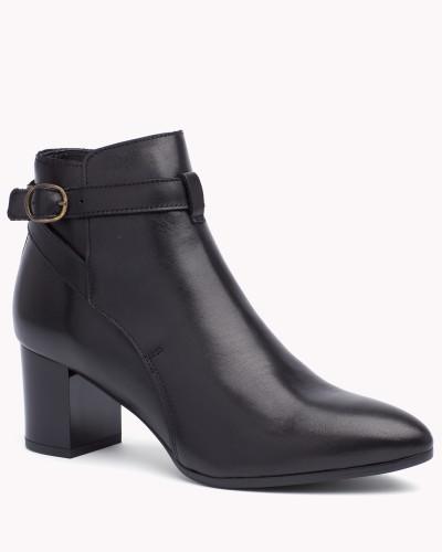 tommy hilfiger damen ankle boots aus leder mit absatz. Black Bedroom Furniture Sets. Home Design Ideas