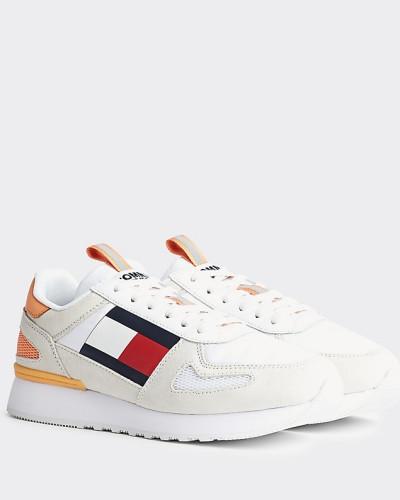Flatform-Sneaker im Runner-Style