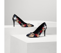 Rock-and-roll Pumps