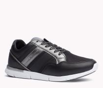 Sneakers im Ledermix