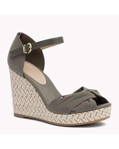 tommy hilfiger damen gemischte sandale mit keilabsatz 50. Black Bedroom Furniture Sets. Home Design Ideas