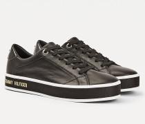 Ledersneaker mit Kontrast-Sohle
