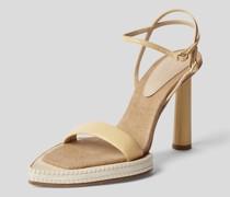 Sandaletten mit Riemen