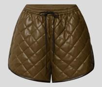 Shorts mit Stepp-Optik