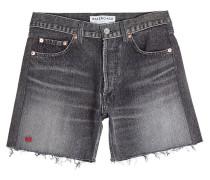 Abgeschnittene Jeans-Shorts mit Stickerei