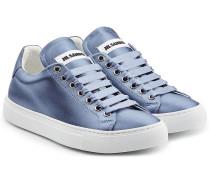 Sneakers aus Seidensatin