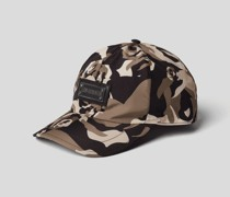 Cap mit Camouflage-Muster