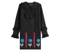 Besticktes Kleid mit Wolle