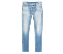 Distressed-Slim-Jeans