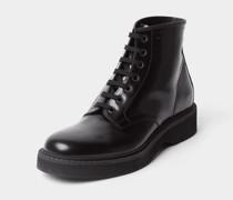 Boots mit Label-Prägung