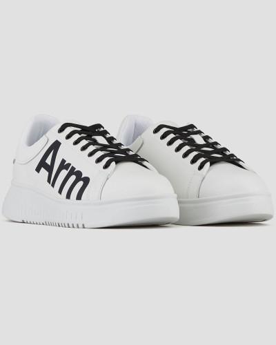 Sneakers aus Bedrucktem Leder mit Neu Überarbeitetem Logo