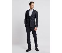 Anzug aus Wollfresko und Seidenmix