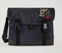 Messenger Bag Aus Funktionsmaterial Mit Patches