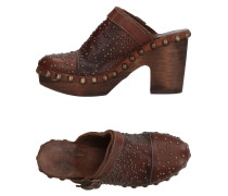 Mules & Clogs