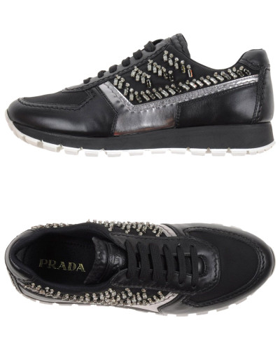 prada damen low sneakers tennisschuhe prada reduziert. Black Bedroom Furniture Sets. Home Design Ideas