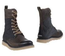 WINTER CARNIVAL Stiefel