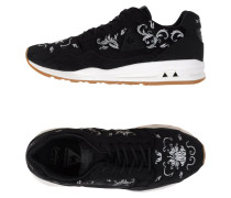LCS R900 W EMBROIDERY Low Sneakers