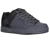 Tilt Sneakers iron split