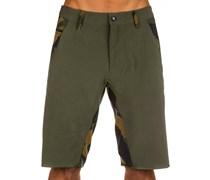 Hydroyoked Shorts grün