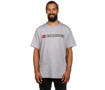DC Minimal 16 T-Shirt