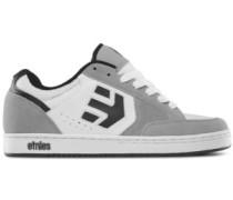 Swivel Skate Shoes white