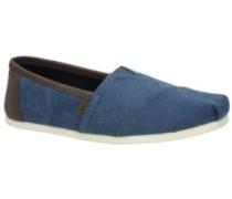Seasonal Classic Slippers trim