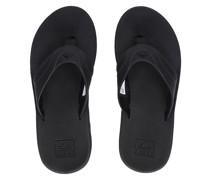 Fanning Sandals