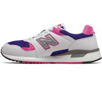 570 Sneaker