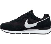 Venture Runner Sneaker