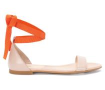 Sandalen aus Leder mit Textil-Bändern