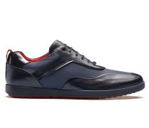 Sneakers aus weichem Leder mit Schnürung