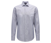 Gestreiftes Regular-Fit Hemd aus Baumwolle mit Cutaway-Kragen