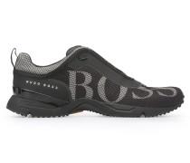 Sneakers aus Logo-Mesh