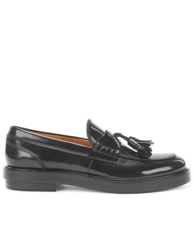 Loafer aus gebürstetem Leder mit Troddeln